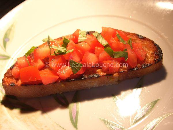 Bruschetta Tomate Ail Basilic Et Jambon