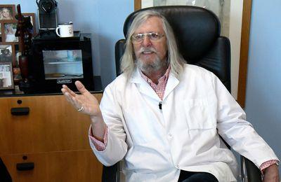 Après avoir été un promoteur du dépistage de masse de la Covid, le Professeur Raoult se déclare favorable à la vaccination systématique des soignants
