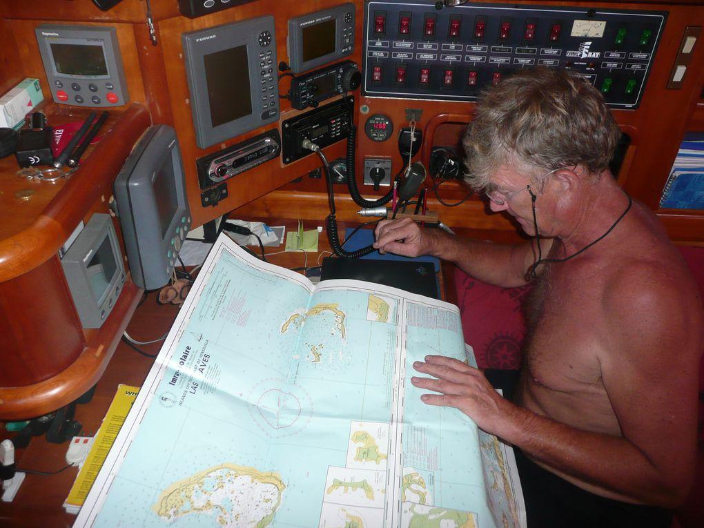 mouillages, moments d'intimité, vie à bord, le bateau dans toutes ses situations