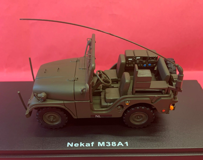 Jeep Nekaf M38A1 radio  (ScaleMasters - 1/43 - par Philippe S.)