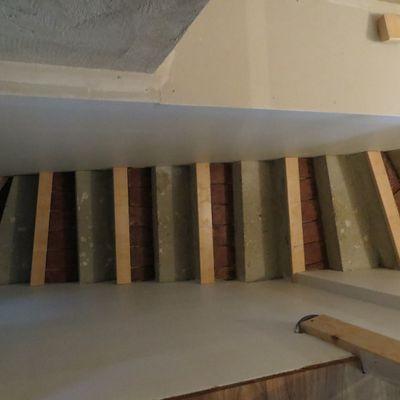 Habillage de l'escalier en béton