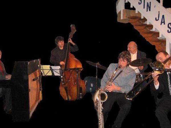 philippe audibert, un musicien français passé maitre dans l'interprétation du jazz classique avec clarinette ou saxophone