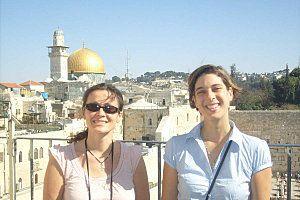 Des nouvelles de Terre Sainte avec nos deux volontaires Emmanuelle et Martine