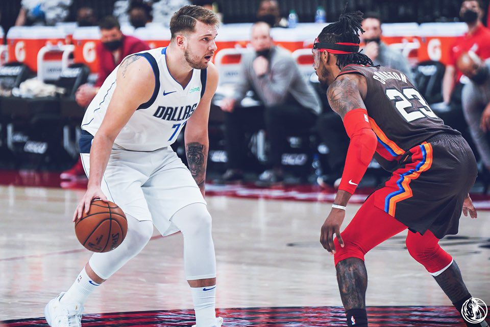 Luka Doncic s'occupe de Portland