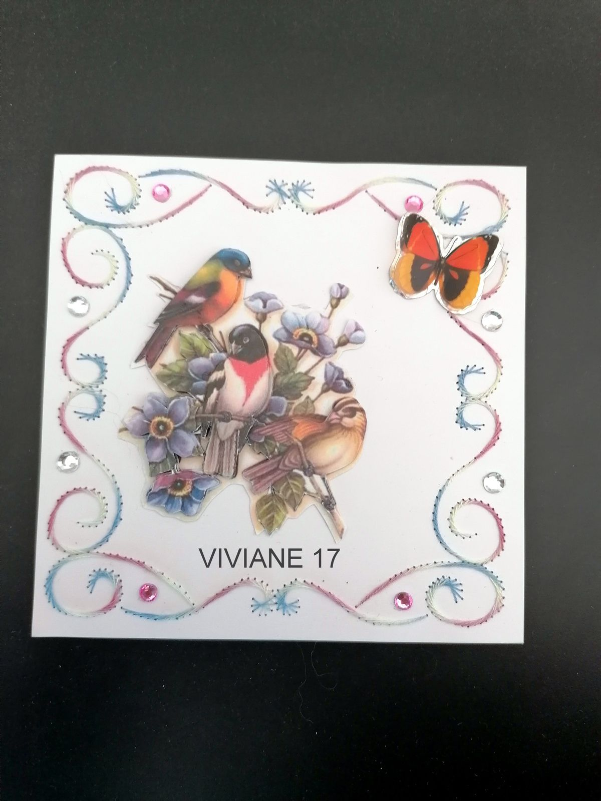 CARTE BRODEE DE NOTRE MISS VIVIANE 17 N° 1 ET 2