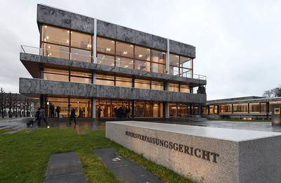Coup de frein de la Cour de Karlsruhe au plan de relance européen, par Ninon Renaud (lesechos.fr)