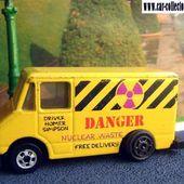 COMBAT MEDIC SIMPSON'S NUCLEAR WASTE VAN HOT WHEELS 1/64. - car-collector.net: collection voitures miniatures