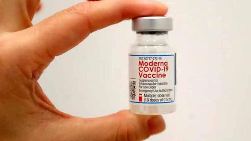 Le Japon soupçonne un contaminant métallique présent dans les vaccins de Moderna et qu'il « réagit aux aimants »
