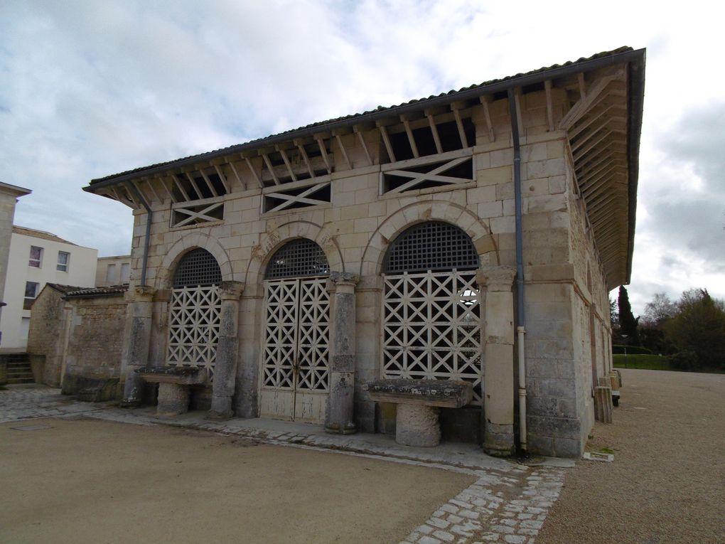 7 - Grand débat à Saintes. Dordogne hommage à nos sauveurs de 1944. Léo Lagrange avec le Souvenir Français.