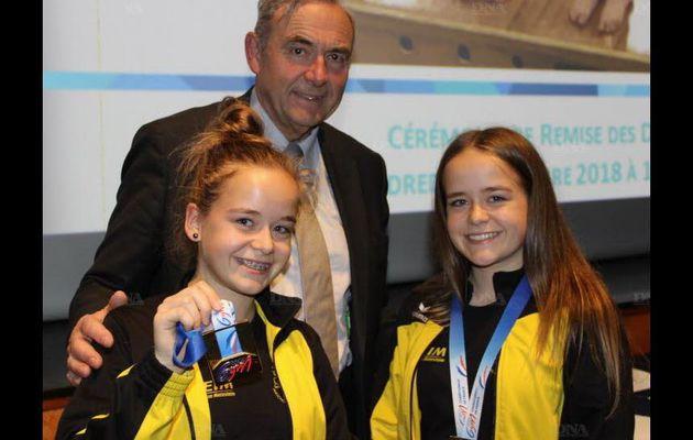 Deux élèves du SEM championnes de France en gymnastique acrobatique fédéral !