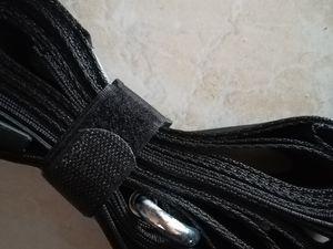 Description du produit Les sangles de déménagement professionnelles Blue Mountain® sont conseillées dès que vous devez soulever et transporter des meubles lourds jusqu'à 300Kg !  Longueur AJUSTABLE : 3 mètres Largeur : 5 centimètres Matériau : Fibre polypropylène légère et renforcée