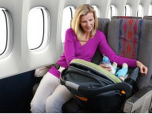 Voyager en avion avec bébé