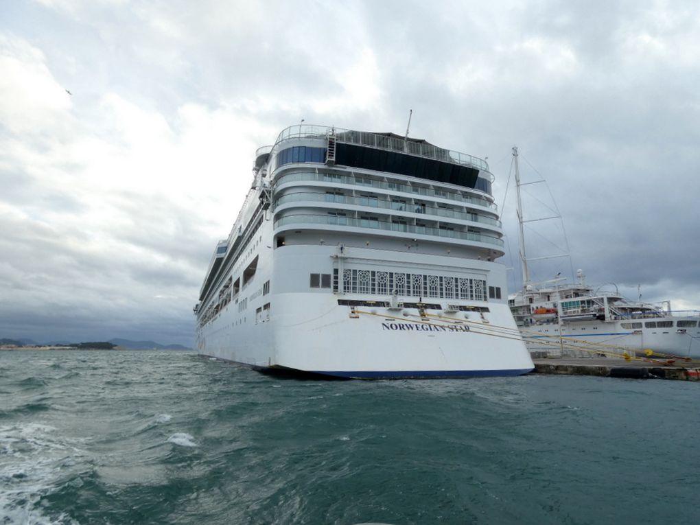 NORWEGIAN STAR , a quai à la Seyne sur Mer le 28 novembre 2020