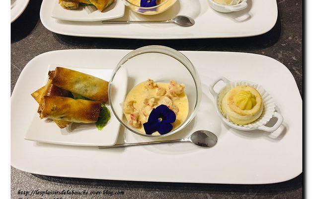 Croustillants de grenouille et crème de persil
