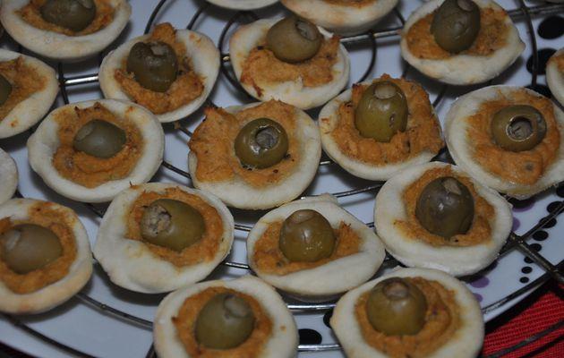 Mini Pizzas rillettes de crabes -olives