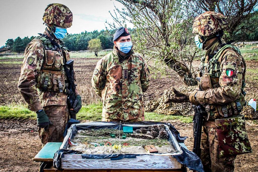 """Barletta:70 militari  VFP1 della Brigata """"Pinerolo""""""""portano a termine addestramento """"Combat Ready"""""""