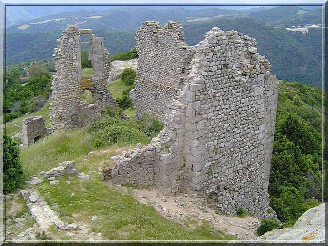 Diaporama château de Pierre Gourde - Gilhac et Bruzac