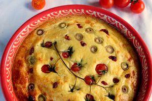 Gâteau soufflé à la ricotta,tomates et olives